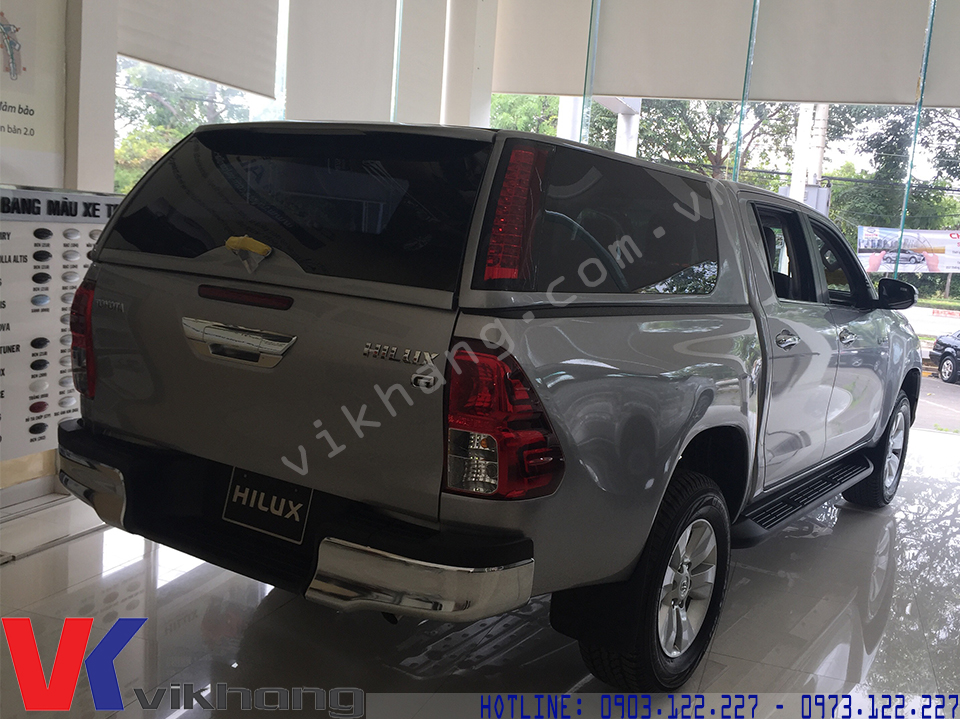 nap thung xe toyota hilux