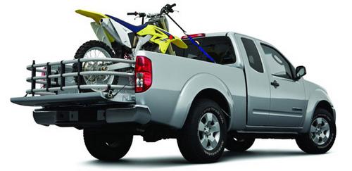 Xe bán tải có được chở xe máy không?