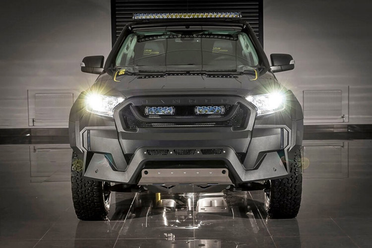 Lột Xác Ford Ranger Base Thành Mẫu VR46 Cực Chất