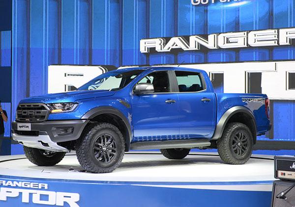 Đánh giá nhanh xe Ford Ranger Raptor đang làm mưa làm gió