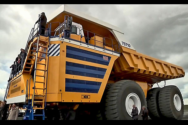 Top 10 những chiếc xe tải khủng lớn nhất thế giới: Caterpillar 797 đứng đầu
