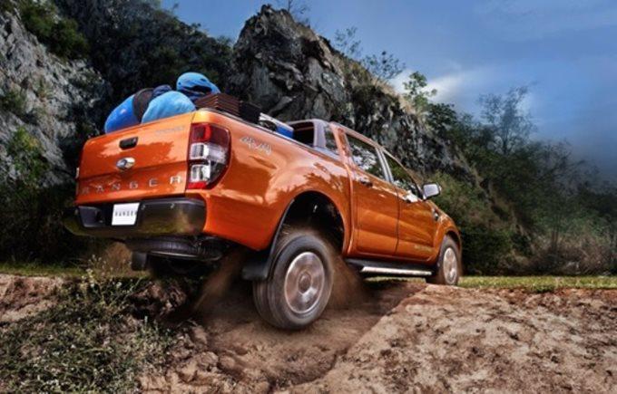 Ford Ranger chở được bao nhiêu KG?