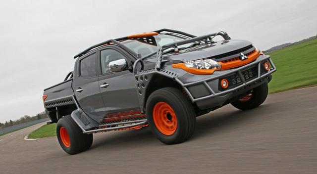 Chiêm Ngưỡng Mitsubishi Triton Phiên Bản Trình Diễn Mạo Hiểm