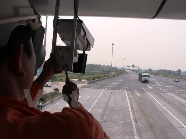 Phạt nguội trên cao tốc: Soi biển số, truy chủ xe vi phạm từ 2016