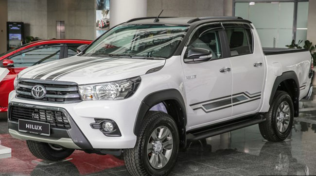 Toyota Hilux Limited Edition Sinh Ra Để Cạnh Tranh