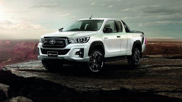 Nắp thùng cuộn Toyota Hilux Rocco 2018