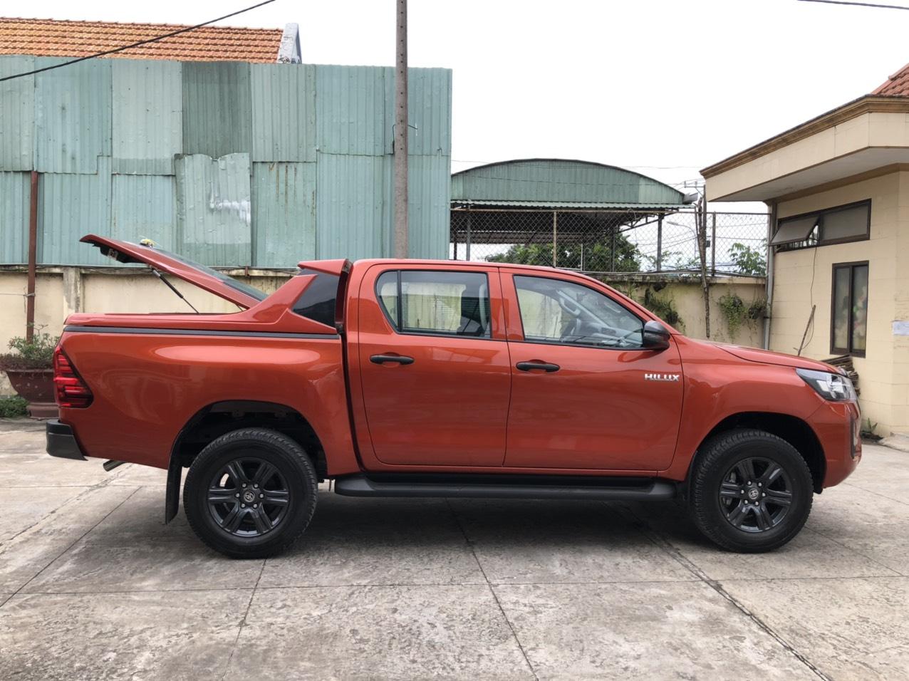 Nắp thùng thấp Toyota Hilux TSO-4